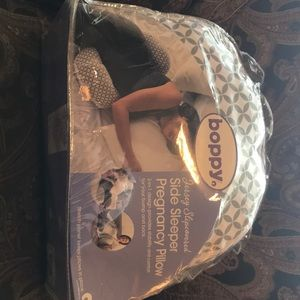 Boppy Side Sleeper Pregnancy Pillow